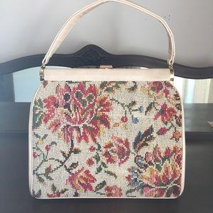 Handbags - Pretty vintage bag